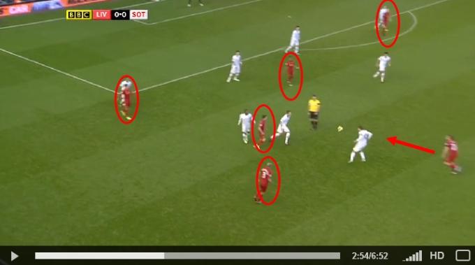 Lucas dapat bola balik Liverpool 1-0 Southampton